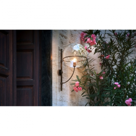 Lyndon Oluce Vico Magistretti wall lamp