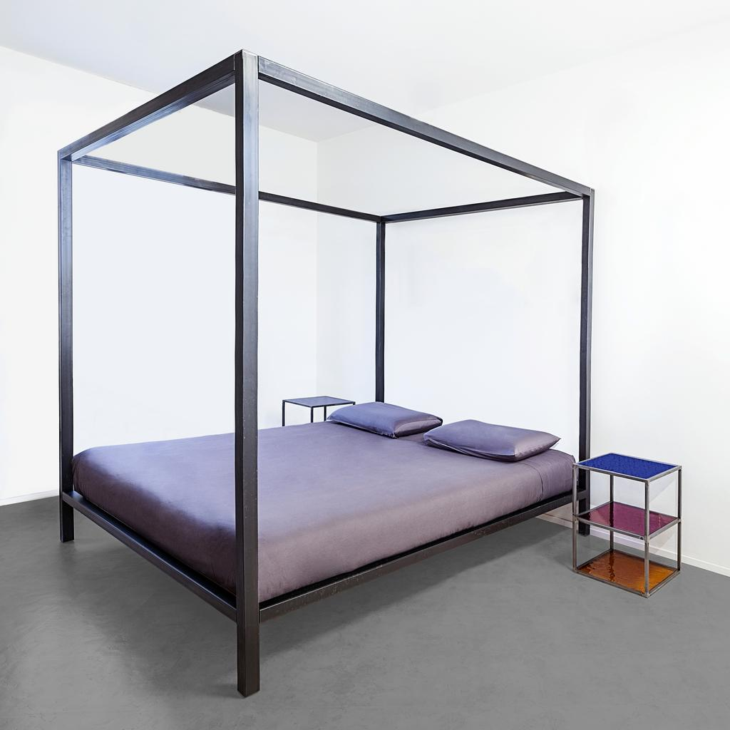 Valentina canopy bed design Luca Perlini